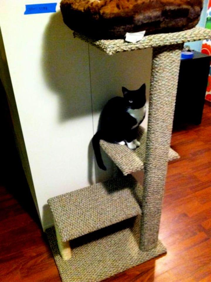 DIY Network Carpet And Sisal Cat Tree