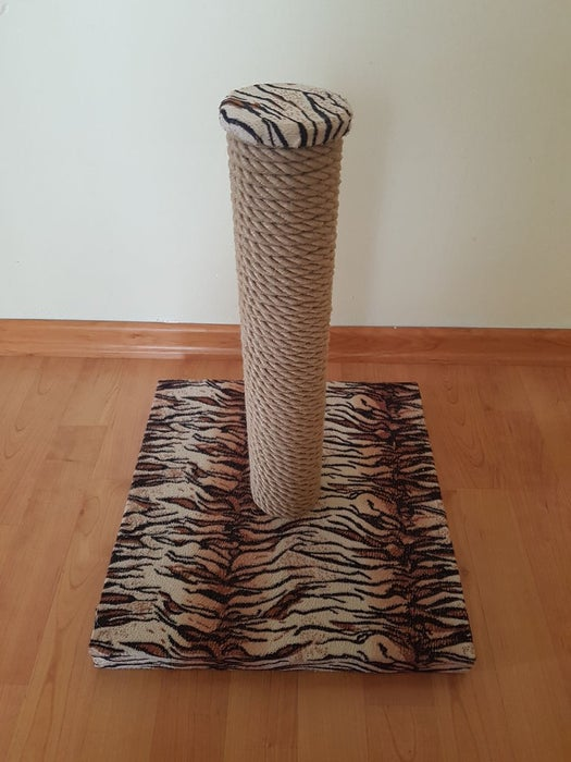 Tiger Stripes Scratching Post by Instructables