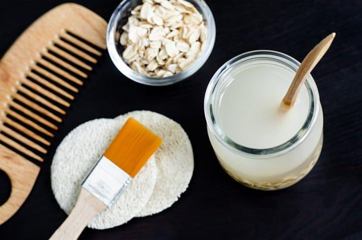 Homemade oatmeal shampoo_Shutterstock_kazmulka