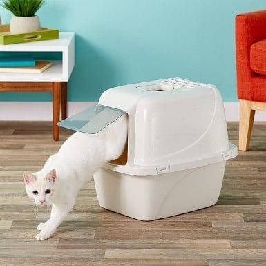 6Van Ness Enclosed Cat Litter Pan