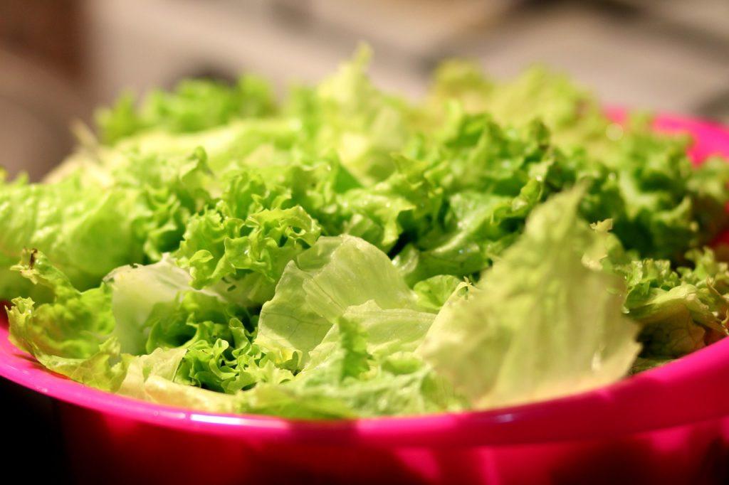 bowl of lettuce
